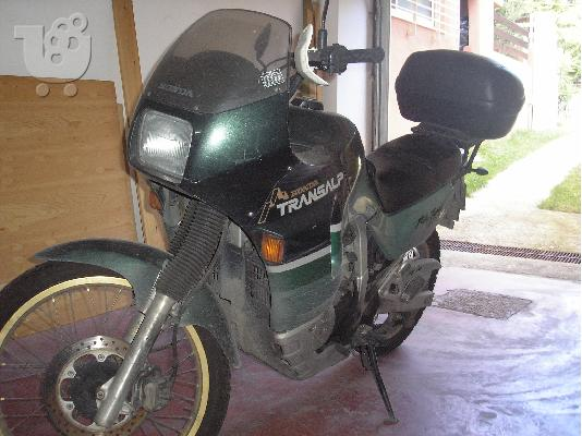PoulaTo: HONDA Black Widow '99
