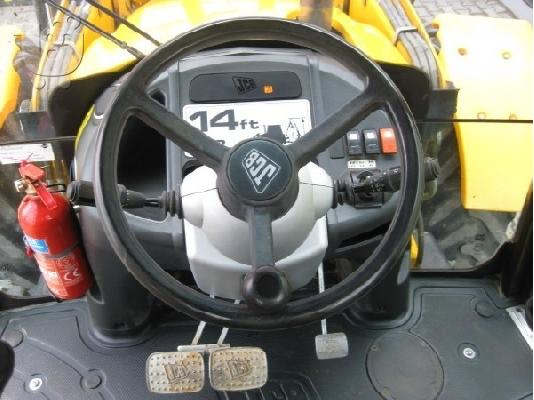 PoulaTo: 2007 JCB 4CX Super PC