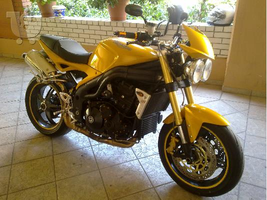 PoulaTo: TRIUMPH Speed Triple '05