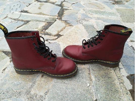PoulaTo: Dr martens cherry Red