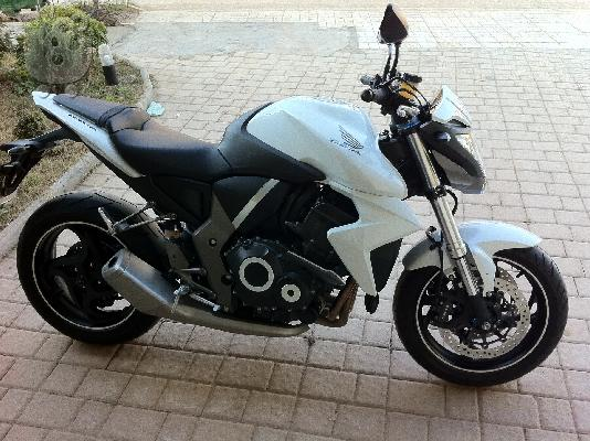 PoulaTo: HONDA CB 1000 R (all versions) '09