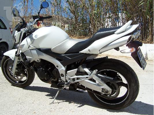 PoulaTo: SUZUKI GSR 600 (all versions) '05