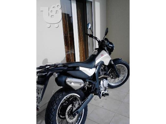 PoulaTo: DERBI Senda 125 Cross City '11