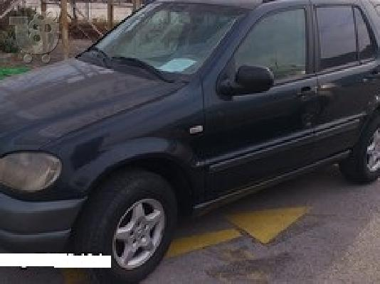 PoulaTo: MERCEDES ML 320 '12